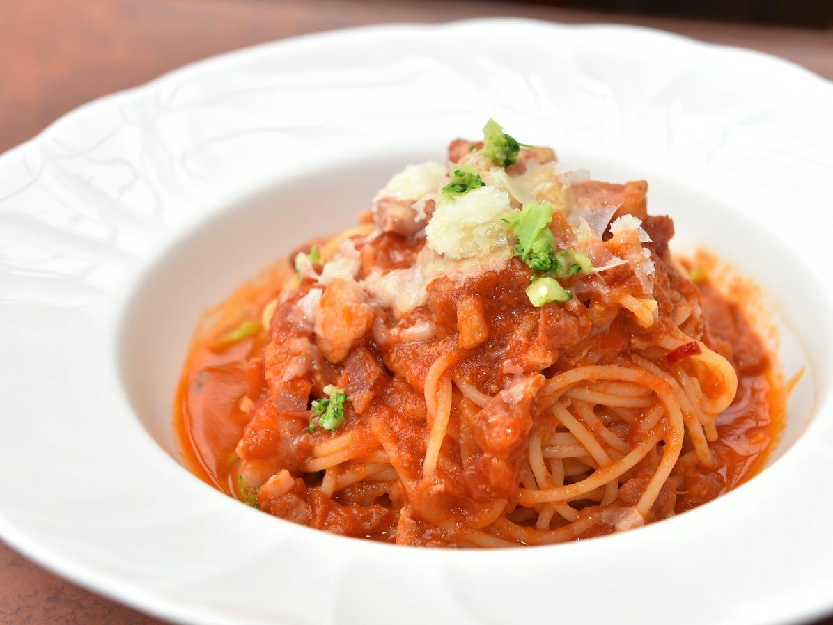 スパゲッティーニ、パンチェッタのサルサ・ポモドーロ