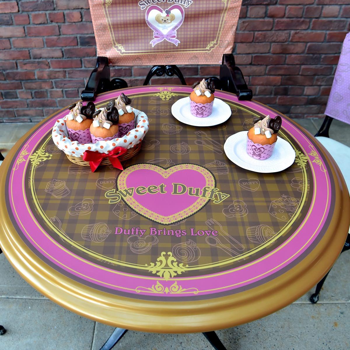 スウィートダッフィーテーブル カップケーキ ニューヨークデリ