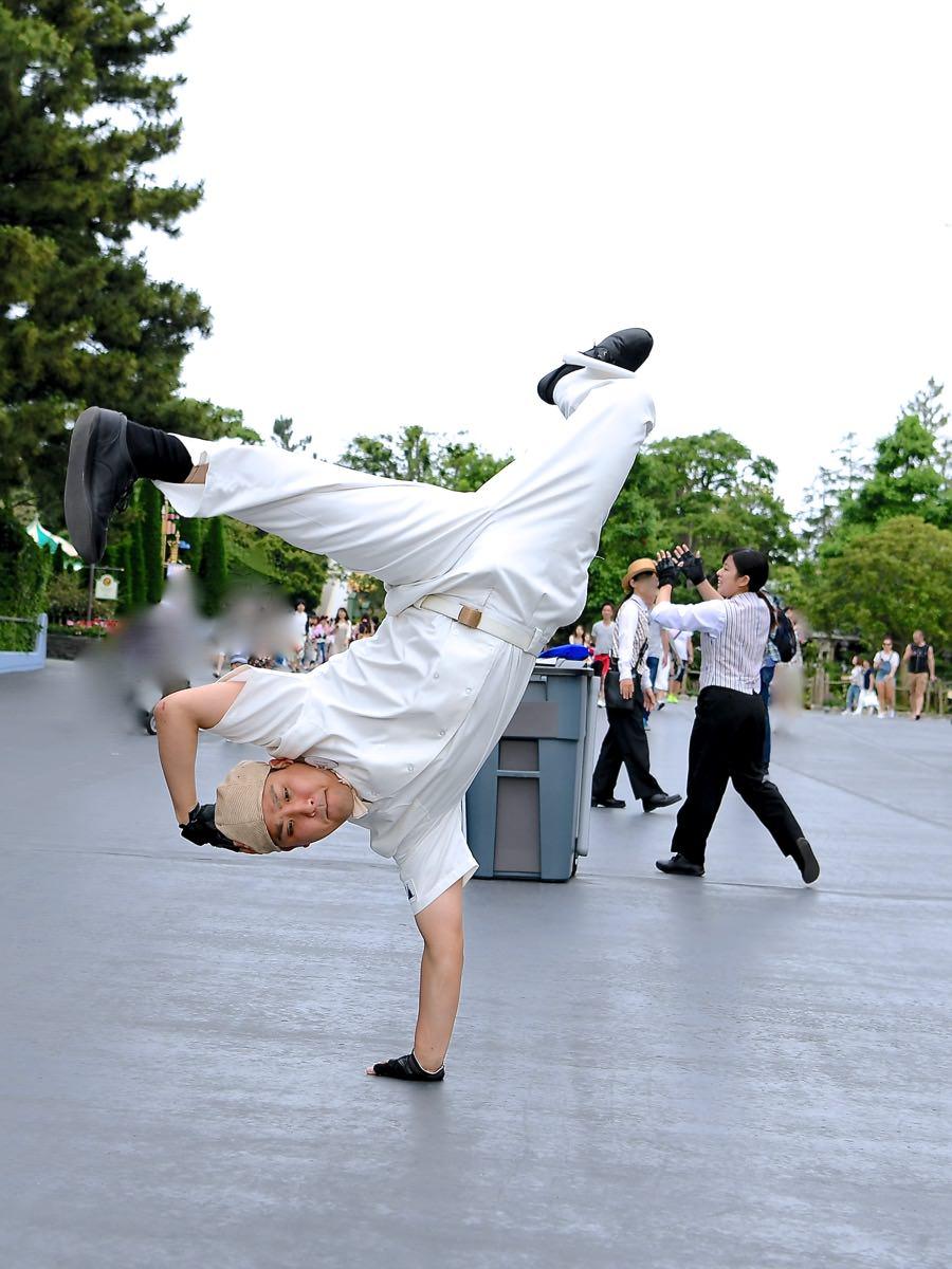 ブレイクビート・ダンサーズ(パレードルート、その他) ダンス