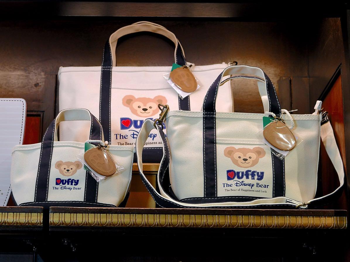 ダッフィーL.L.Bean社プロデューストートバッグディスプレイ 3型