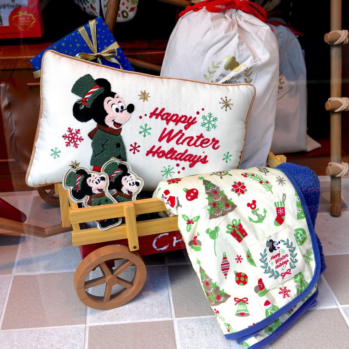 """プレゼントにおすすめ!東京ディズニーリゾート""""ディズニークリスマス"""