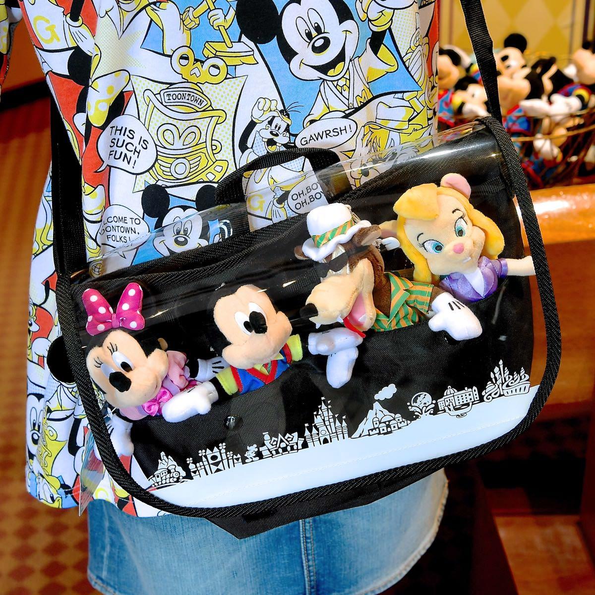 東京ディズニーランド ぬいぐるみバッジが入るショルダーバッグ