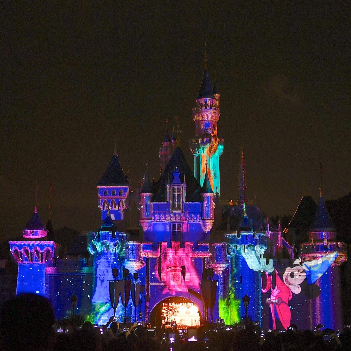 香港ディズニーランド・パーク「ディズニー・イン・ザ・スターズ」