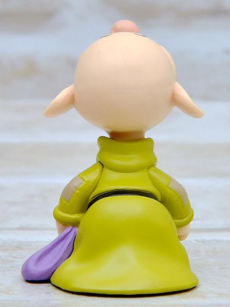 ディズニーキャラクターズ ワールドコレクタブルフィギュア-Classic Characters-vol.1 おとぼけ 後ろ