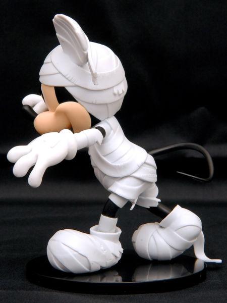 ディズニーキャラクターズ DXF MICKEY MOUSE-Mummy style-ホワイト左