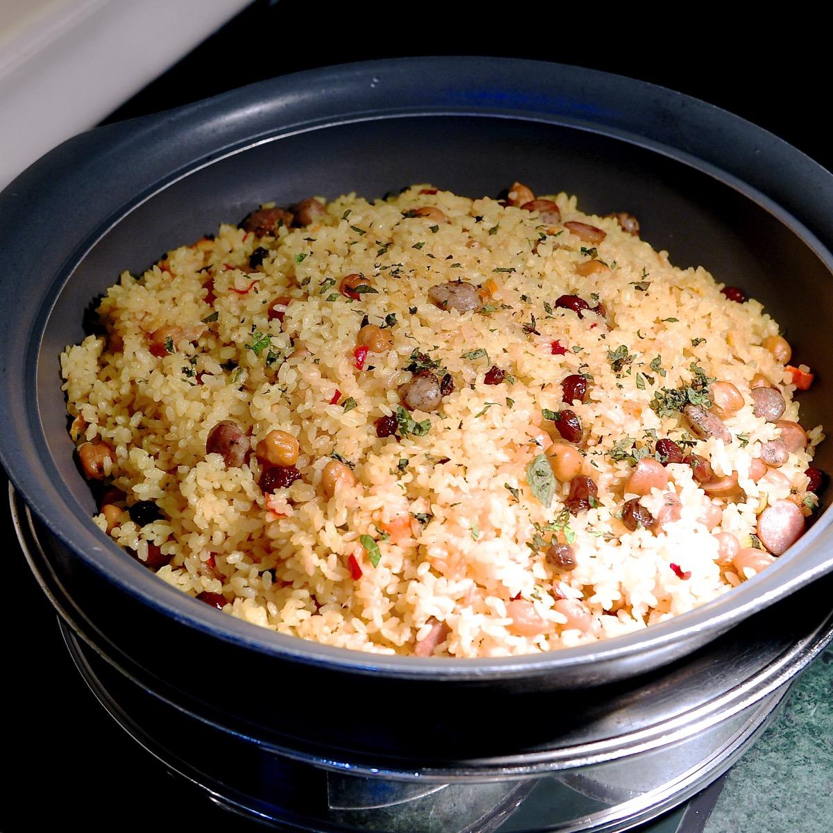 サルシッチャとひよこ豆のピラフ ミント風味