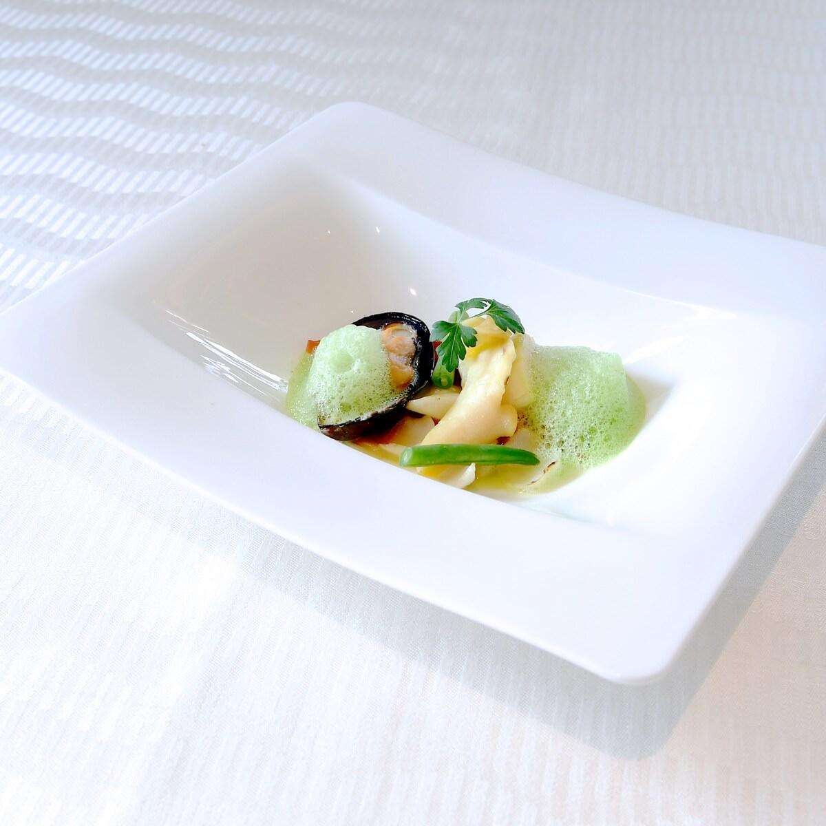 貝と百合根のパナッシェ パセリのフォーム