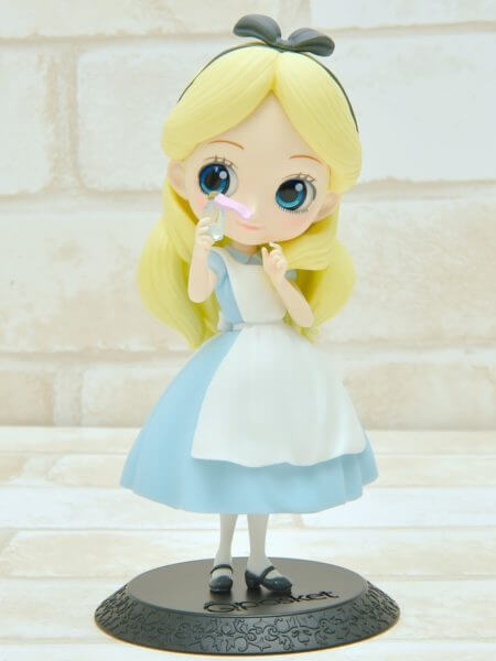 バンプレスト「Q posket Disney Characters -Alice Thinking Time-」パステルカラーshoumen