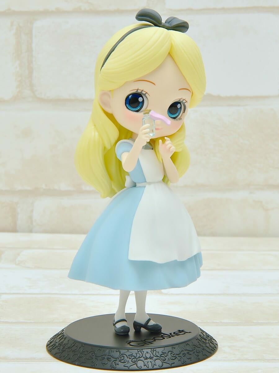 バンプレスト「Q posket Disney Characters -Alice Thinking Time-」パステルカラー