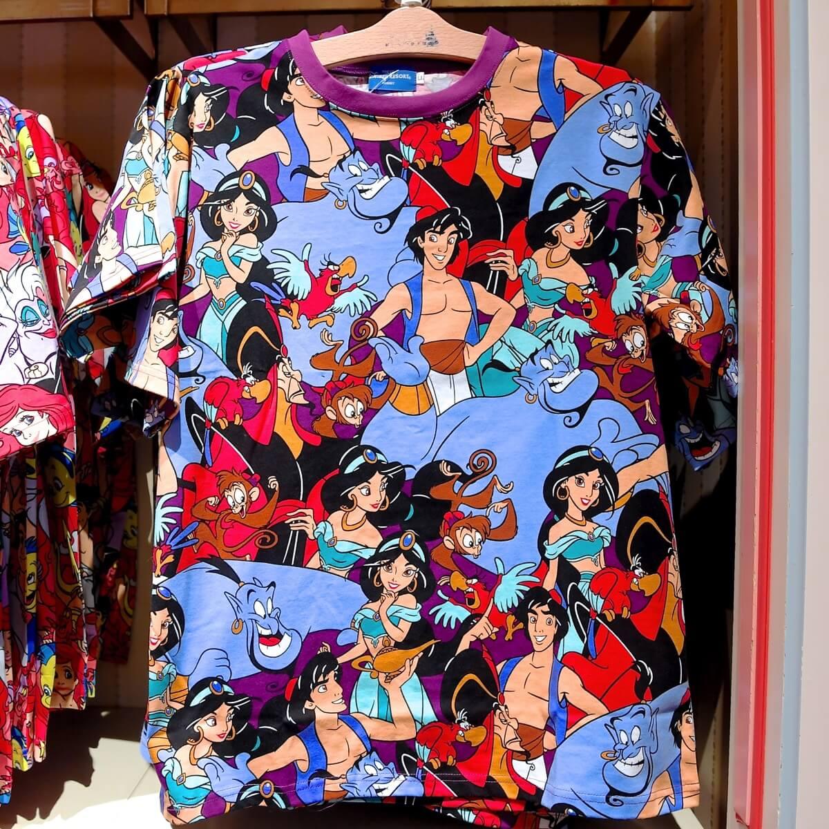 アラジン総柄Tシャツ