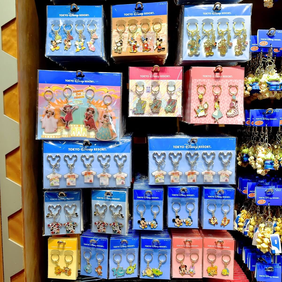 小分けもできてお土産に便利!東京ディズニーランド\u201c2018春夏
