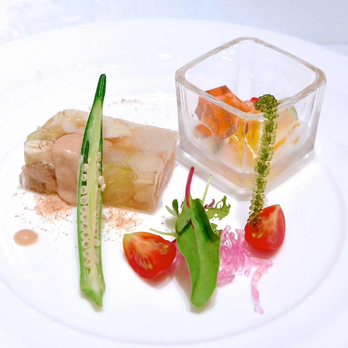 岩井鶏肉と野菜のテリーヌ 棒々鶏ソース