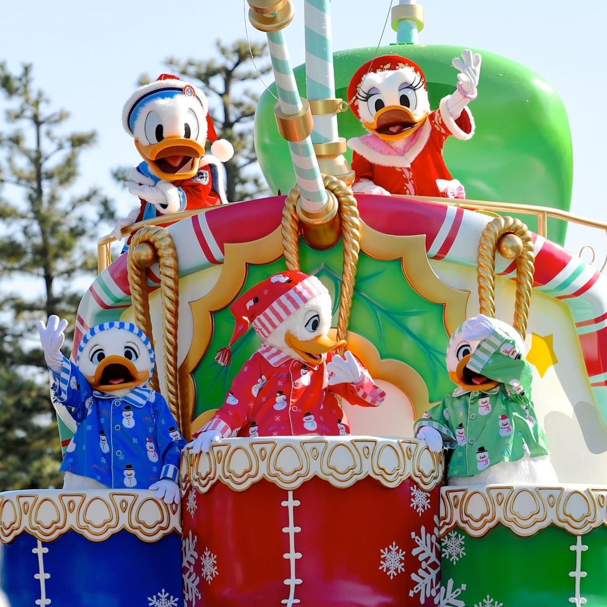 デイタイムパレード「ディズニー・クリスマスストーリーズ」