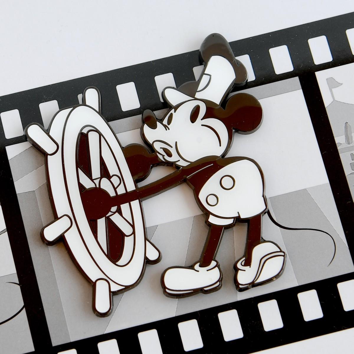 1コマピンズ額装セット ミッキーマウス90周年 蒸気船ウィリー