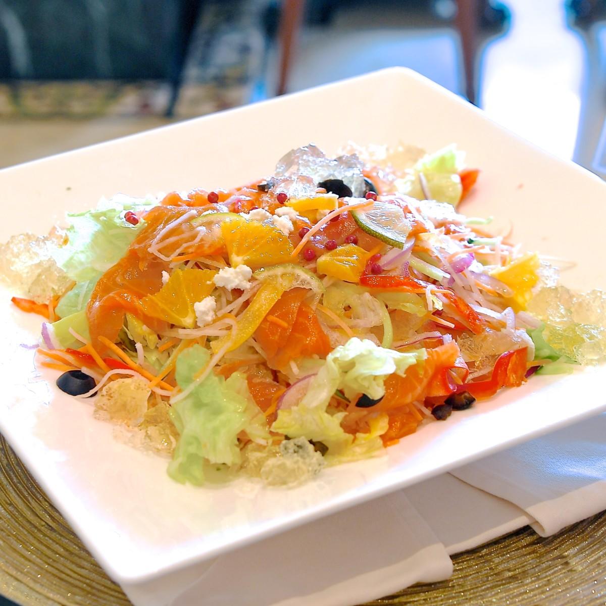 スモークサーモンのシトラスサラダ