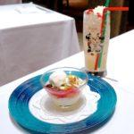 杏仁風味の三種のデザート盛り合わせ コレクタブル付きノンアルコールカクテル