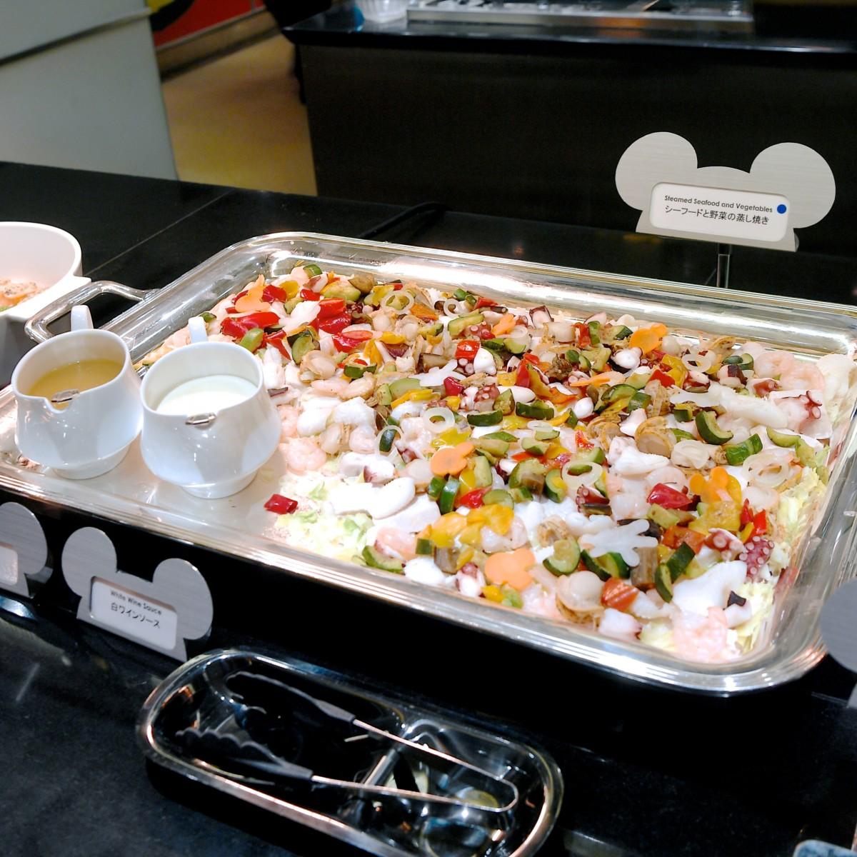 シーフードと野菜の蒸し焼き