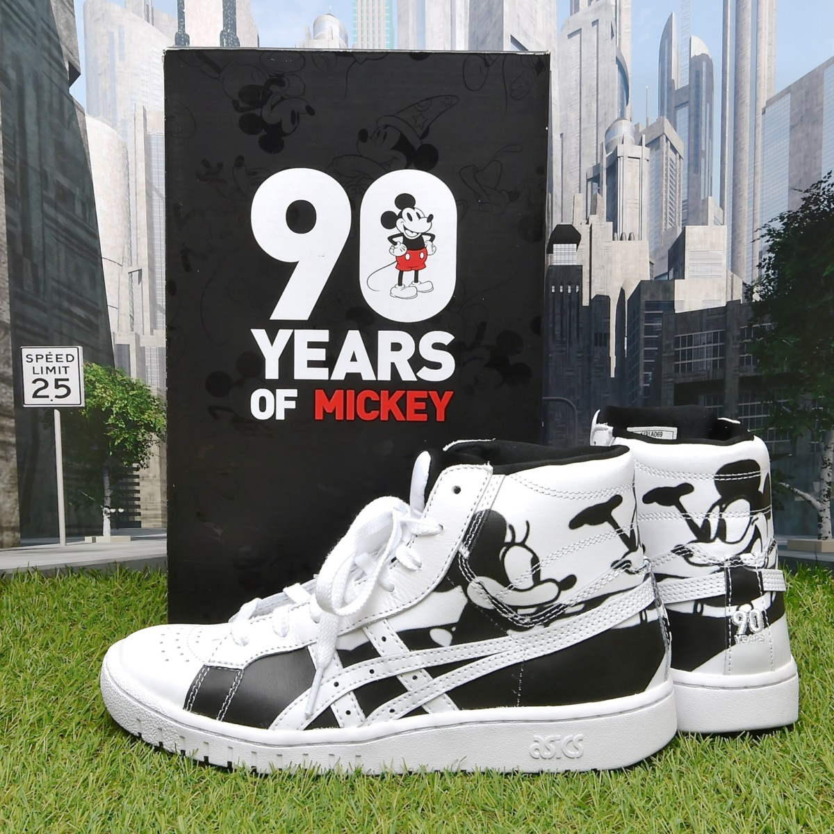 ASICSTIGER for Mickey 90th Anniversary パッケージ