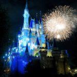 東京ディズニーランド 花火ショー「ディズニー・ライト・ザ・ナイト」スタート