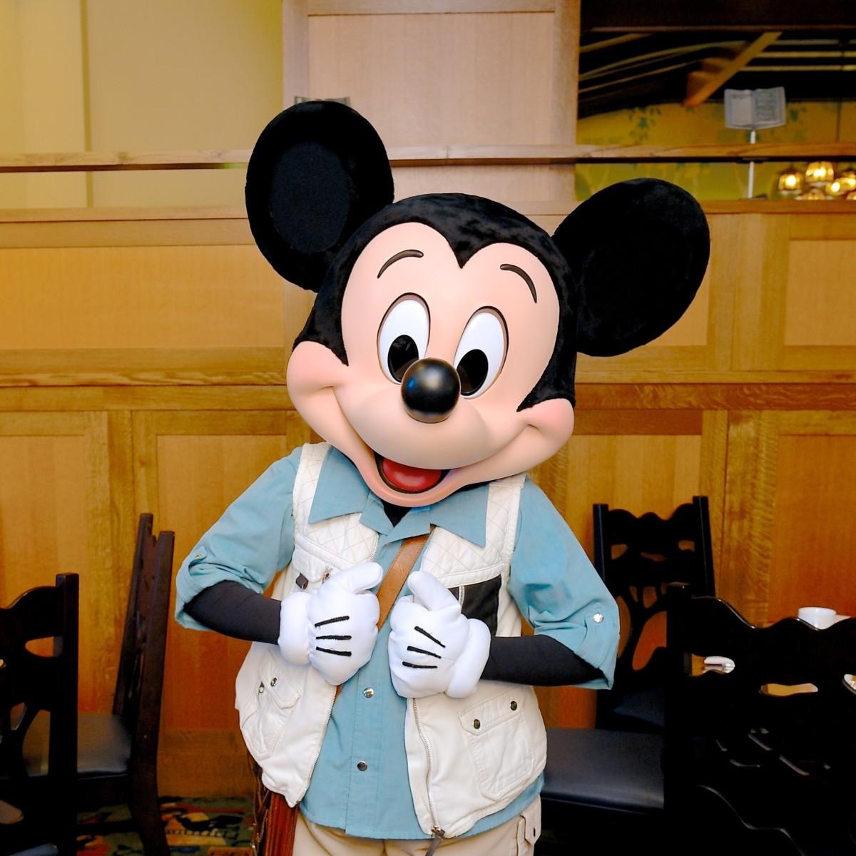 ディズニー・グランド・カリフォルニアン・ホテル&スパ「ストーリーテラー・カフェ」キャラクター・ダイニング ミッキーマウス