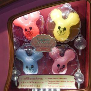 東京ディズニーリゾート「ミッキーバルーン型キーチェーン」カプセルトイ