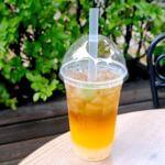 ペコスビルカフェ ライチータピオカティー(オレンジ&ウーロン茶)