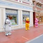 東京ディズニーランド  ワールドバザール『くまのプーさん』グリーティング