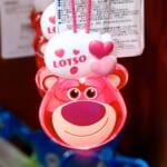 東京ディズニーランド「ロッツォ・ハグベア」光るおもちゃ・お土産