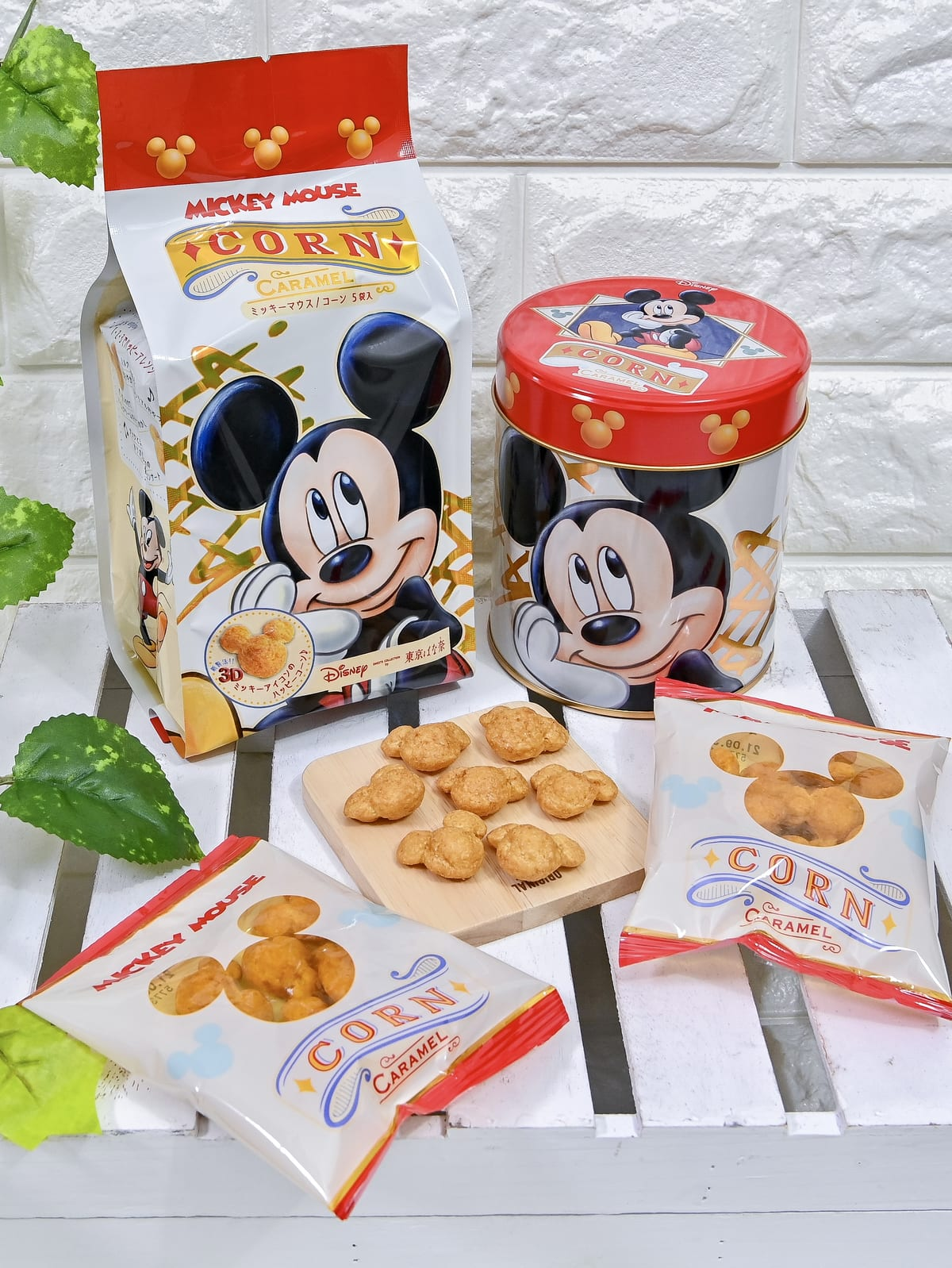 Disney SWEETS COLLECTION by 東京ばな奈『ミッキーマウス/コーン キャラメル味』