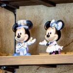 成功景品 20周年ミッキーマウス・ミニーマウスフィギュア