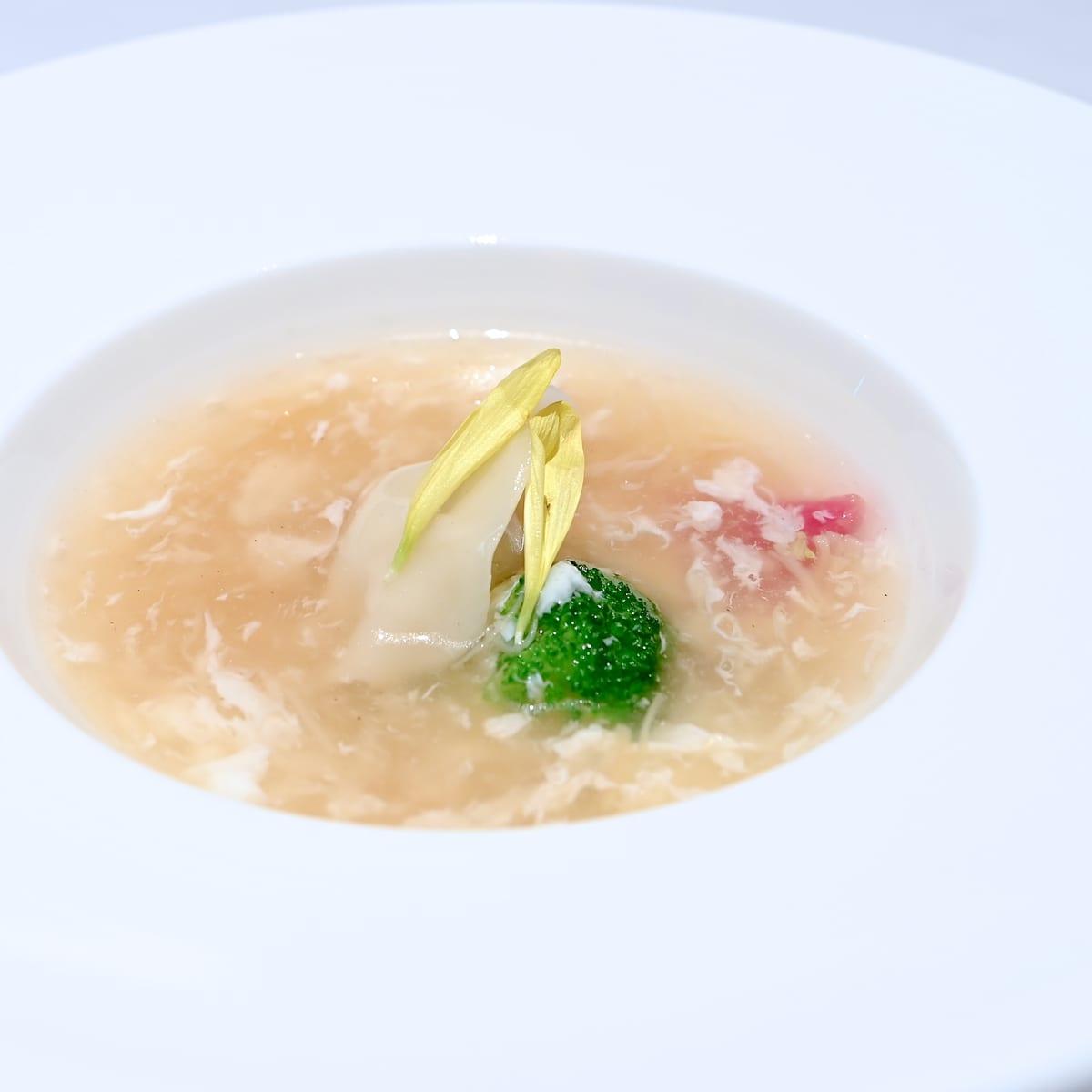 水餃子と干し貝柱のスープ