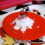 「クイーン・オブ・ハートのバンケットホール」パンケーキ、ラズベリームース&ヨーグルトクリーム1
